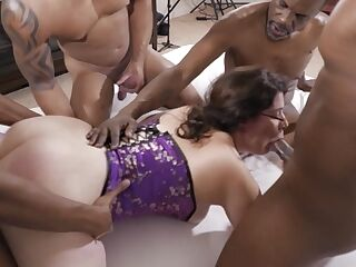 White Slut Vicki Verona Gets Gangbanged By Black Studs, BBC